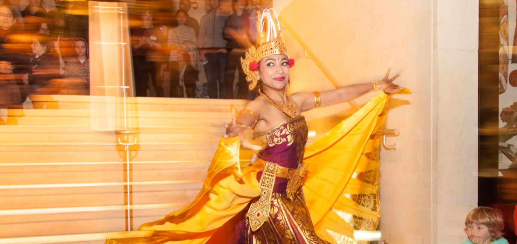 Java & Bali AfterHours, 2015. This was one of our most successful AfterHours evening events attracting six hundred visitors, including many from the Indonesian community and even the Ambassador of Indonesia to the UK.