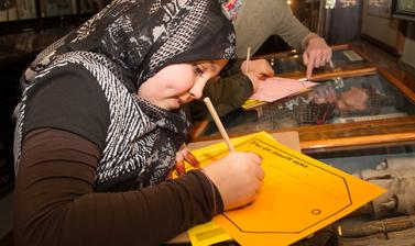 Syrian family day, 2017. The VERVE project collaborated with volunteers who had recently come to Oxford as refugees or seeking asylum. Family Days strengthened links to these communities by welcoming them into a relaxed, social environment.