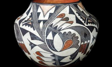 Pottery water jar (olla) probably made by Maria Chino. Pueblo Keresan people. Acoma Pueblo villages, New Mexico, United States of America. Beatrice Blackwood visited Acoma in 1926 and became friends with Maria Chino, who was considered the best Acoma pott