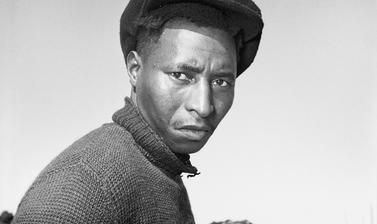Unidentified man. Windermere, Cape Town, South Africa. Photograph by Bryan Heseltine. Circa 1949–1952. (Copyright Bryan Heseltine)