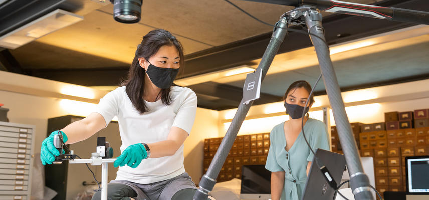 Preparing digital equipment for virtual textiles event